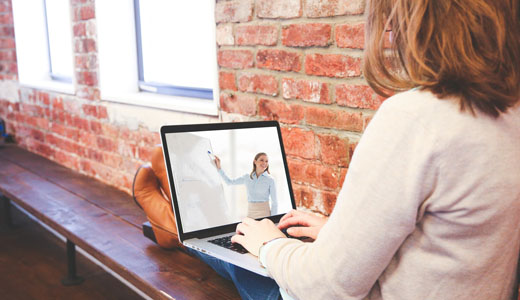 Università Telematica: vantaggi e svantaggi dello studio online