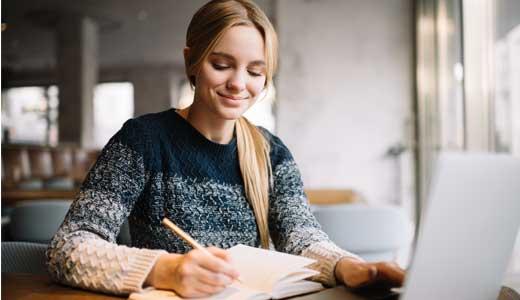 Come scrivere una tesi in inglese: 5 consigli pratici