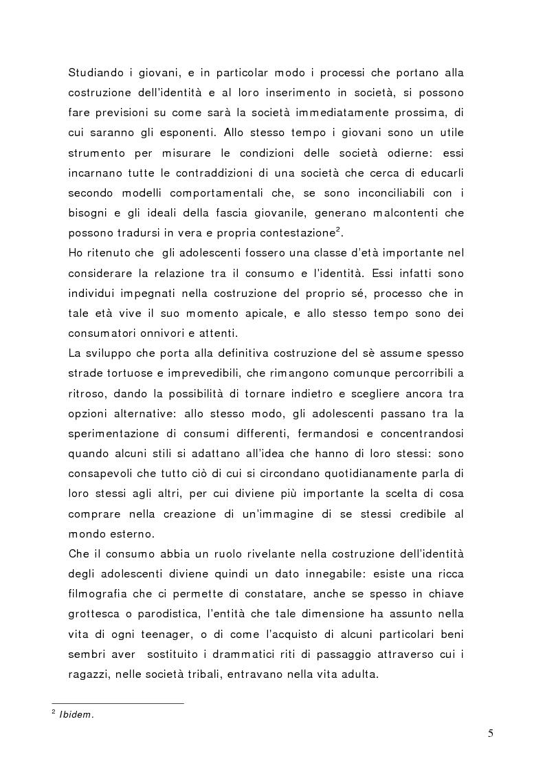 Anteprima della tesi: Tra conformismo e innovazione: il ruolo del consumo nella costruzione dell'identità negli adolescenti, Pagina 2